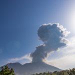 【夢占い】火山の夢。噴火、逃げる、灰が降る等の意味